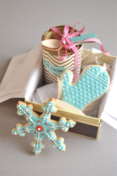 Handmade Gift Wrapping Ideas - gift wrap ideas for gifts williams sonoma taste