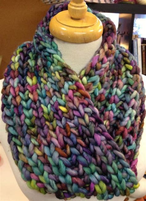 free cowl knitting patterns with bulky yarn bulky brioche cowl by dianelaugustin craftsy