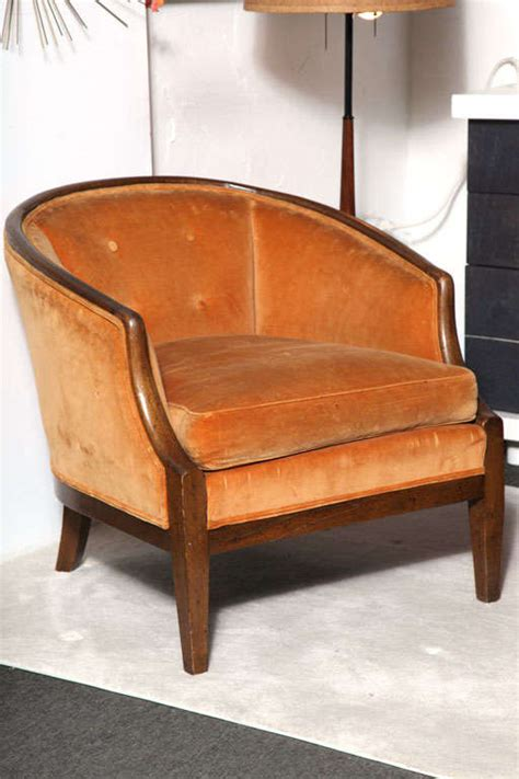 Orange Club Chair by 1960 S Walnut Frame And Burnt Orange Club Chairs At 1stdibs