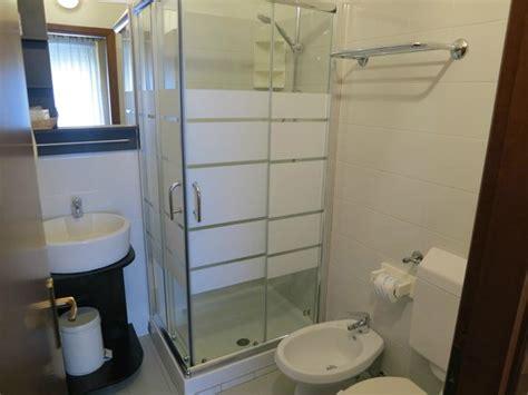 bagni arredati moderni bagno arredato in stile moderno foto di parco fiera