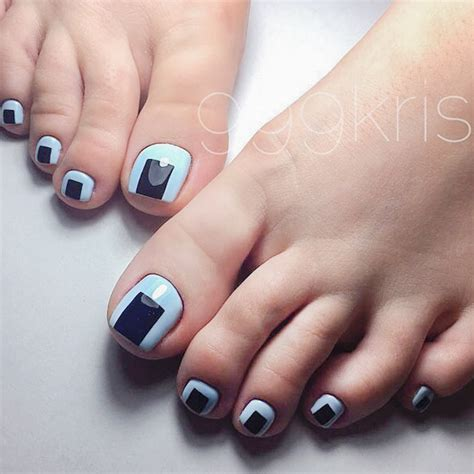 pattern toe nails 21 fun toe nail designs to go crazy over