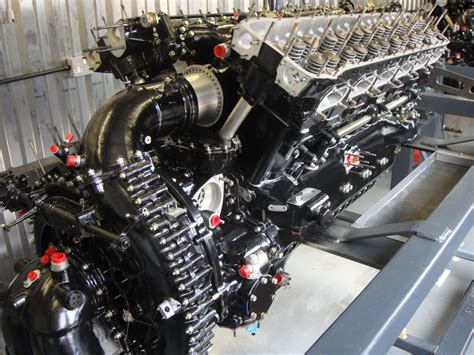 rolls royce merlin engine the rolls royce merlin xx engine specs price release