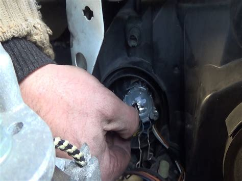 Audi A6 C4 Uhr Einstellen by Change All Headls Bulbs Main Beam Headlight Side