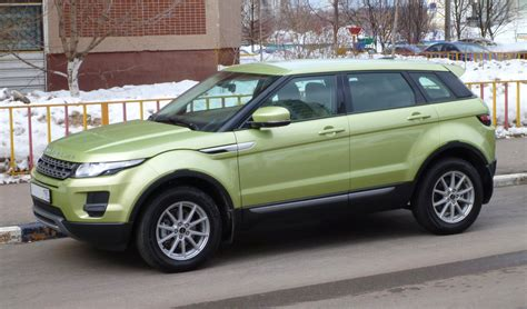 lime green range rover file range rover evoque colima lime 01 jpg wikimedia commons