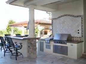 outdoor kitchen countertops pictures amp ideas from hgtv kitchens spaces patio decks gardens