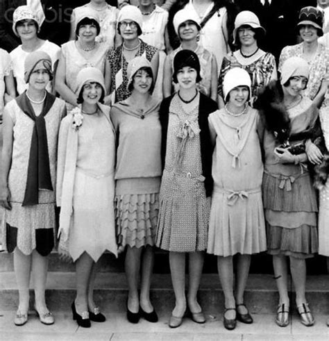 pictures of middle age flappers 417 best images about 1920s fashion on pinterest day
