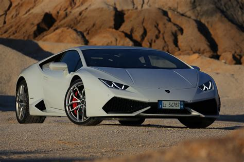 lamborghini huracan lamborghini drops new photo gallery of the hurac 225 n w video