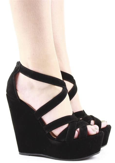 Terbaru Sandal Wedges Lovera Black black wedges heels www pixshark images galleries