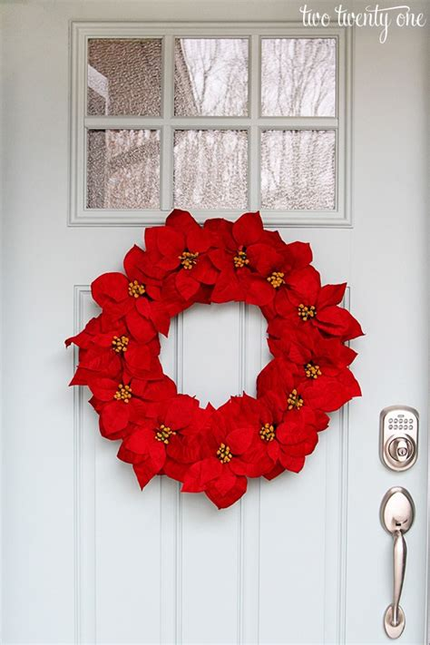 Summer Holiday Craft Ideas - happy holidays easy poinsettia wreath tatertots and jello