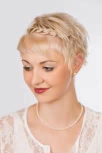 einfach bob frisuren kurze haare einfache und pfiffige dirndl frisuren f 252 r kurze haare veniccede me