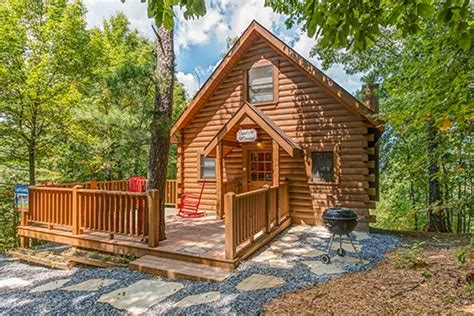 Cupids Cabin by Cupids Crossing A Pigeon Forge Cabin Rental