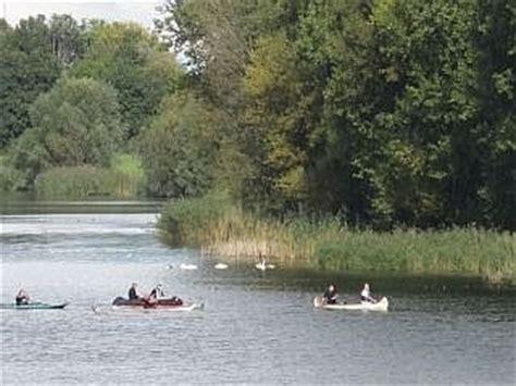 kajuitboot huren biesbosch fietsen varen en lopen in de biesbosch botenverhuur in
