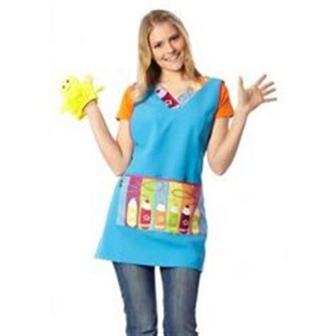 batas para maestra de kinder uniformes modernos para maestras de preescolar buscar