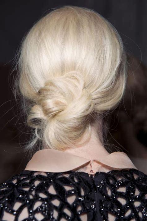 messy bun hairstyles for medium length hair 20 easy and pretty updo hairstyles for mid length hair
