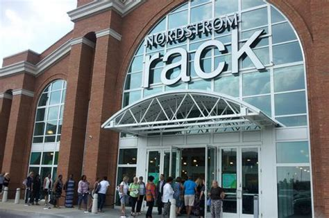 Nordstrom Rack And Nordstrom Difference by Nordstrom Rack At Easton Town Center Bringing Discount