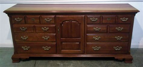 Thomasville Bedroom Furniture Prices Thomasville Furniture Dining Room Sets Used Ethan Allen Bedroom Furniture Beau With