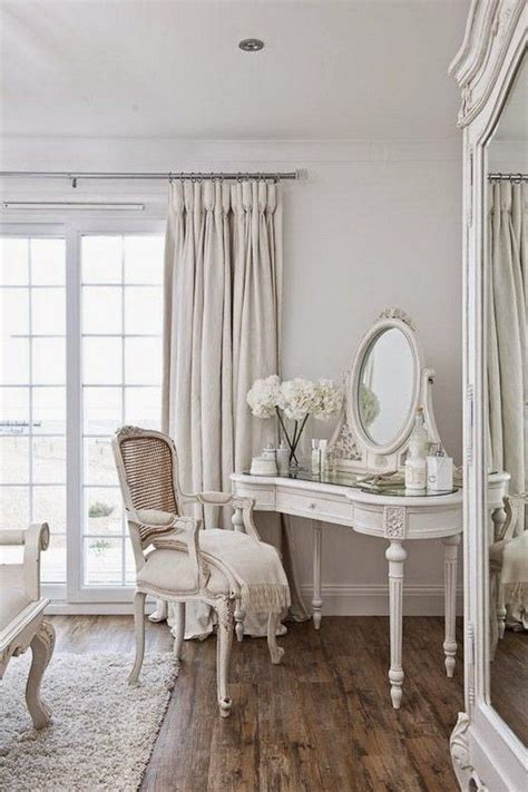 shabby chic salon decor best 25 shabby chic salon ideas on shabby chic decor large wall mirrors without