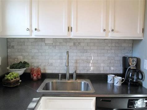 carrara marble kitchen backsplash carrara marble backsplash kitchen ideas