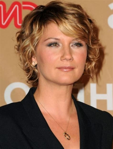 womens neck line hair styles over 70 neckline haircuts for 70 oh to have her neckline any