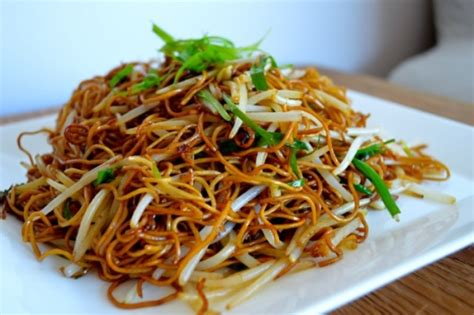 cantonese soy sauce pan fried noodles keeprecipes