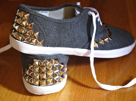 diy shoe diy studded canvas sneakers pumps iron