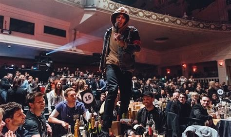 coldplay bmth watch oli sykes destroy chris martin s table at the nme
