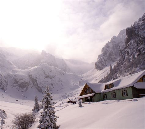 Snowy Mountains Cottages by Log Cabin In Snow Wallpaper Wallpapersafari