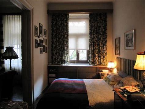 narrow bedroom 17 best ideas about long narrow bedroom on pinterest