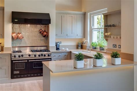 How to Design the Perfect U Shaped Kitchen