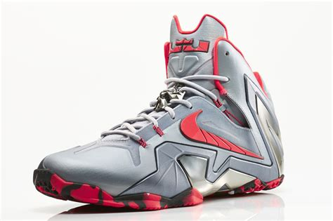lebron high top sneakers lebron high top sneakers