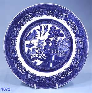 Plate Patterns by Grimswades Ye Olde Chinese Willow Pattern Vintage Dinner