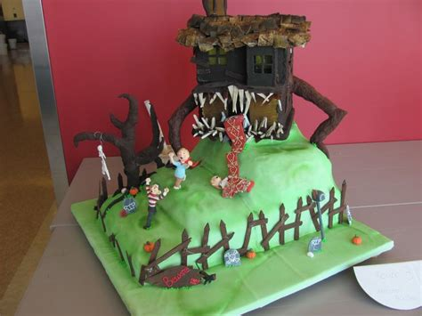 monster in my house monster house themed competition cake i replaced my brain with a bunch of roses and