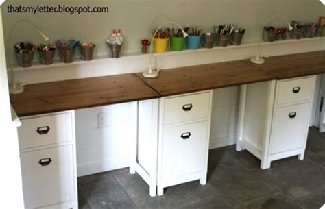 Diy Desk Build Inspired By Diy Desk Jaime S Desks Were Inspired By The Schoolhouse