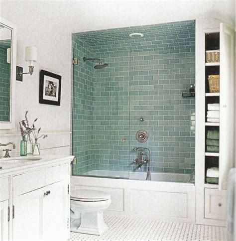 Glass Tile Ideas For Small Bathrooms by Best 25 Small Bathroom Designs Ideas On Small