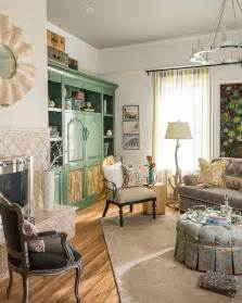 Cottage Living Room Photos   HGTV