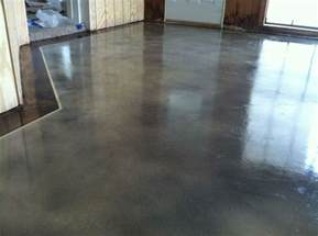 Interior concrete staining with border by solid impressions abilene