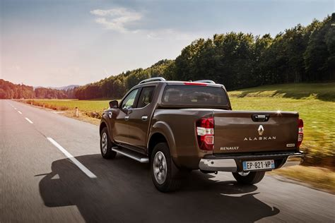 renault europe renault alaskan launches in europe coming to sa in 2018