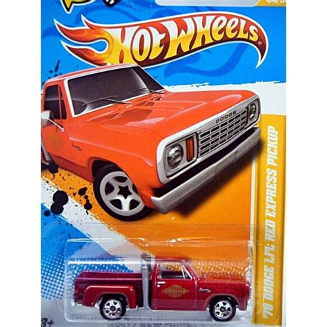 hot wheels   models series  dodge lil red