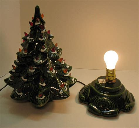 small ceramic light up christmas tree 100 vintage atlantic mold ceramic christmas tree