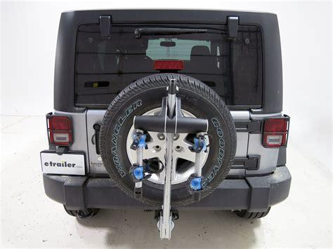 Thule Bike Rack For Jeep Wrangler by Jeep Wrangler Unlimited Thule Helium Aero 2 Bike Rack 1