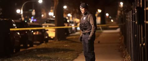 new years shooting chicago s record violence spills into 2017 with 28 on
