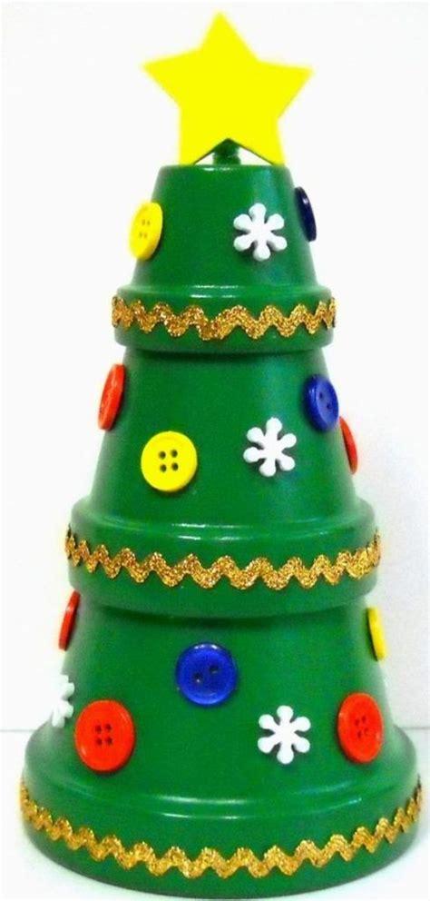 vasi di terracotta decorati oltre 25 fantastiche idee su vasi di terracotta su