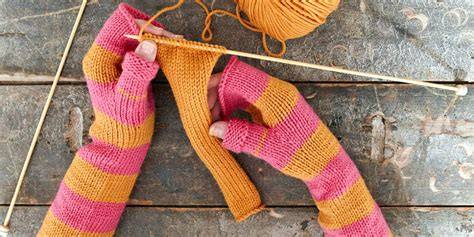 how do you say knitting in learn how to knit our step by step to a new hobby