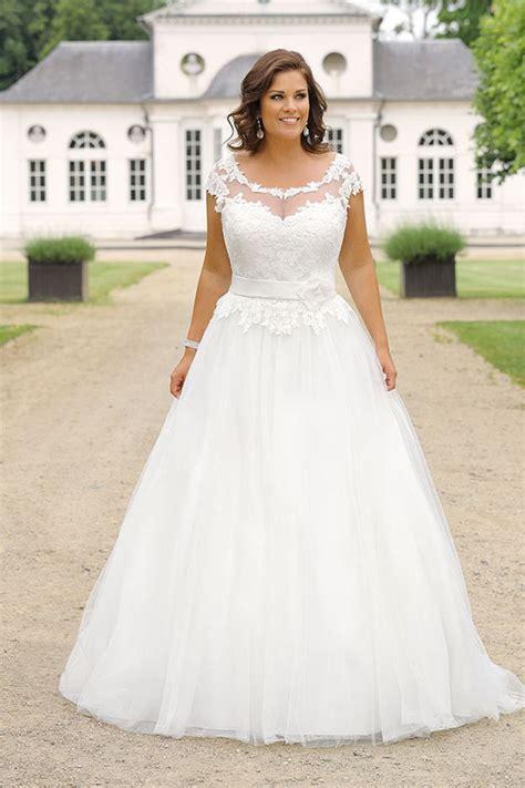 hochzeitskleid curvy curvy bride bride hochzeit hochzeitskleid brautkleid