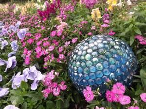 ideas for spectacular diy garden balls garden lovers club