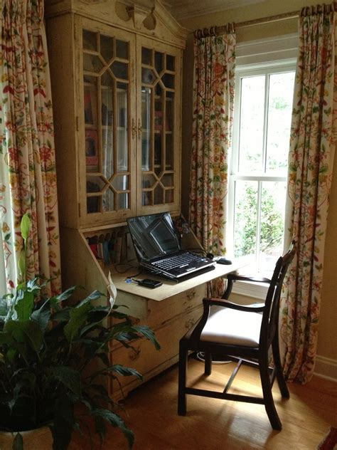 which of these is a home office home vs the home office the seana method