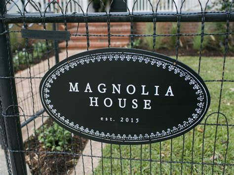 magnolia house b b fixer upper sneak peek holidays with chip and jo at magnolia house b b hgtv s fixer