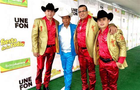 fotos fans recuerdan a ariel camacho azteca noticias gran 201 xito de los plebes del rancho en el estadio azteca
