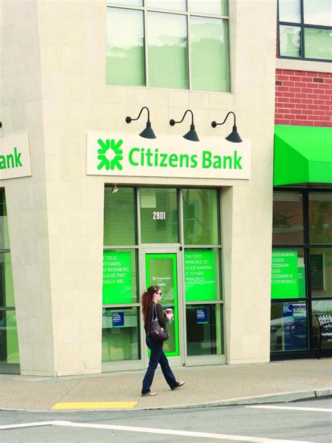 nashville citizens bank citizens financial cuts three branches in