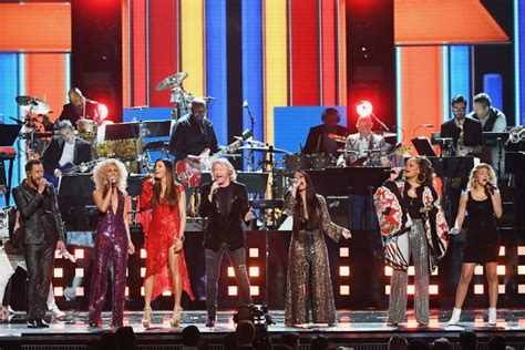 Grammy Fever Hits by Grammys 2017 Demi Lovato Perform Stayin Alive In